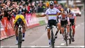 """CYCLISME - Combien de pays sont traversés dans la course """"Liège-Bastogne-Liège"""" ?"""