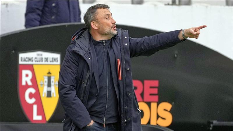 Qui est l'entraîneur en 2021 du RC Lens ?