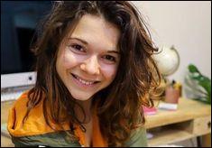 Juju Fitcats a de nombreuses qualités, elle est très intelligente, sportive, gentille et :