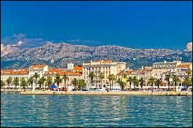 Où se situe la ville de Split ?