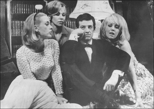 """En 1958, alors au début de leurs carrières respectives, ils jouent dans """"Sois belle et tais-toi"""" de Marc Allégret, où elle est Virginie, puis en 1966 quand elle est Muriel dans """"Tendre Voyou"""" de Jean Becker : c'est ..."""