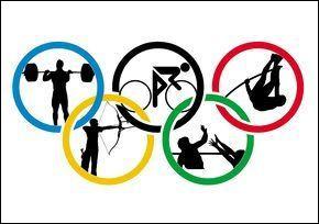 Quel âge a la championne olympique de skateboard ?