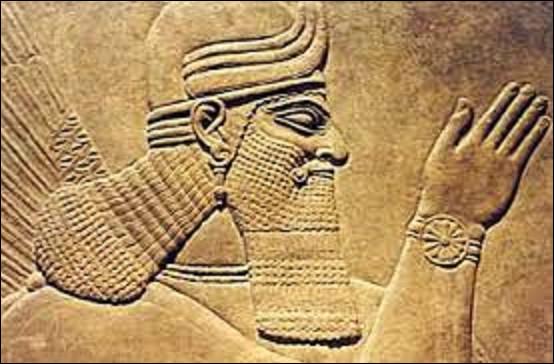 25 septembre 605 av. J.-C : À cette date, qui devient roi de Babylone ?