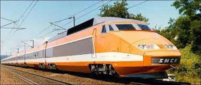 27 septembre 1981 : Le train à grande vitesse effectue son premier voyage commercial. Lancé en 1974 par le président Georges Pompidou, le TGV, bat le record du rail. Quelle vitesse atteint-il ?