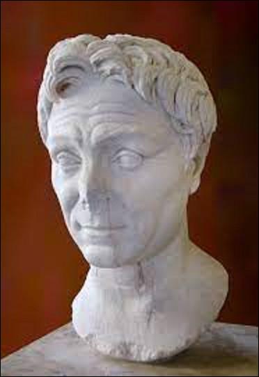 28 septembre 48 av. J.-C : Quel consul et militaire est assassiné ce jour-là par un centurion nommé Lucius Septimus ?