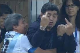 À quel match de l'Argentine Maradona dérape-t-il en faisant des doigts aux adversaires à la Coupe du monde 2018 en Russie ?