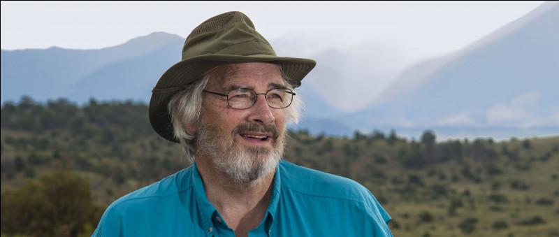 Jack Horner (1946- ) est l'un des plus célèbres paléontologues américains. Il a popularisé la théorie selon laquelle certains dinosaures...