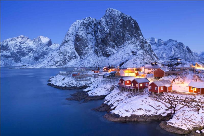 La capitale de la Norvège est...