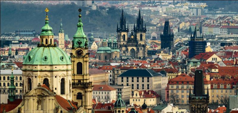 La capitale de la République tchèque est...