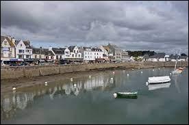 Plus près de nous La Trinité-sur-Mer est une commune bretonne... de quel département ?