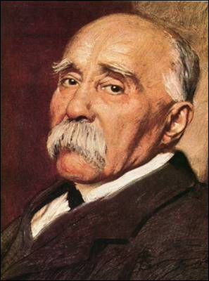 """Il est surnommé le """"Tigre"""" et est une figure centrale de la Première Guerre mondiale. Qui est ce président du Conseil nommé en 1917 ?"""