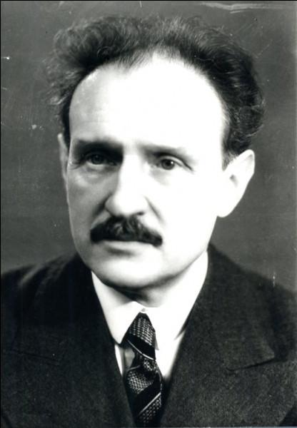 Quel président du Conseil fut contraint de démissionner lors de l'affaire Stavisky en 1934 ?