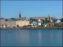 Dans lequel de ces pays d'Europe se situe la ville de Londonderry ?