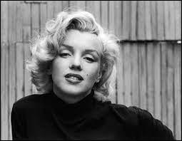 """Marilyn Monroe a joué dans le film """"Rivière sans retour"""" en 1954."""