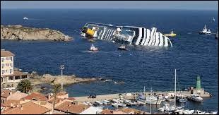 Le naufrage du Costa Concordia survenu en Méditerranée, a eu lieu le 13 janvier 2012.