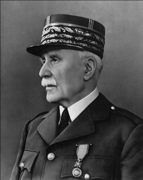 Quand Pétain a-t-il remplacé Paul Reynaud à la présidence du Conseil ?