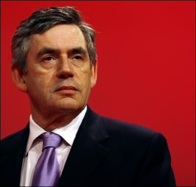 Qui remplaça Tony Blair en tant que premier ministre en 2007 ?