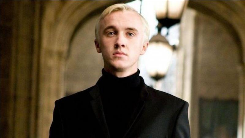 De quoi Harry soupçonne-t-il à propos de Drago ?