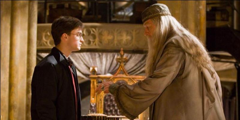 Quel Horcruxe Dumbledore a-t-il détruit ?