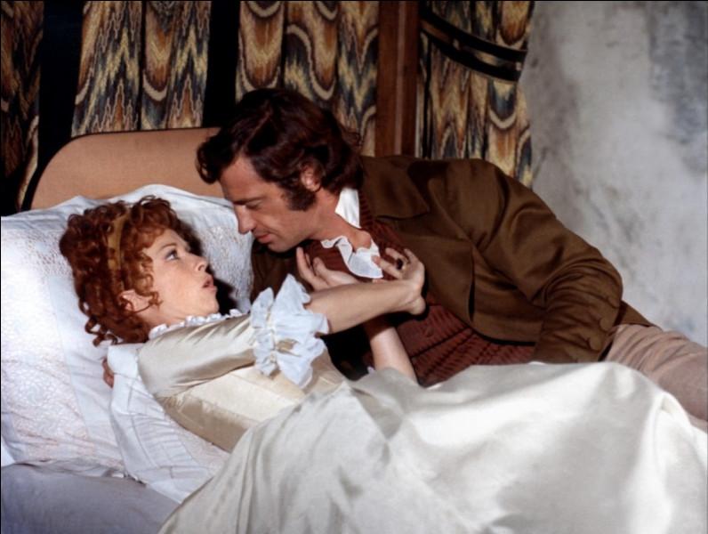 """Quelle actrice accompagne Jean-Paul Belmondo dans le film """" Les Mariés de l'an II"""" ?"""