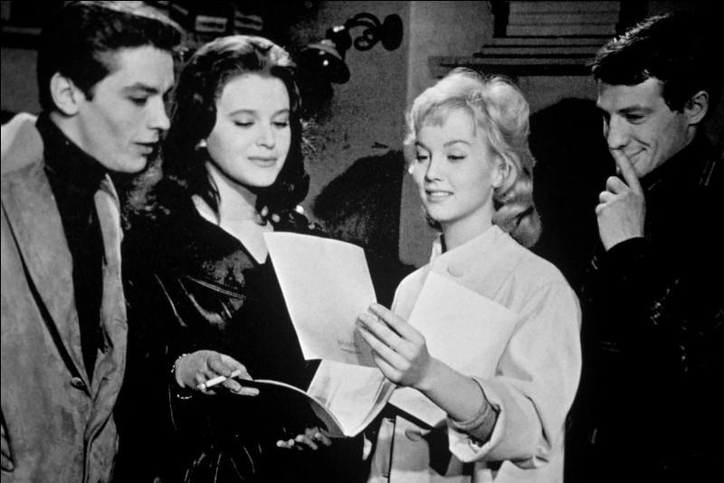 """Quellle actrice accompagne Belmondo dans """"Sois belle et tais-toi"""" ?"""