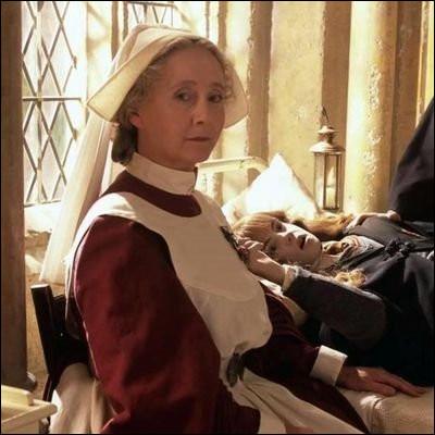 Comment s'appelle l'infirmière de Poudlard ?