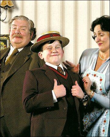 Où dort Harry Potter chez les Dursley ?