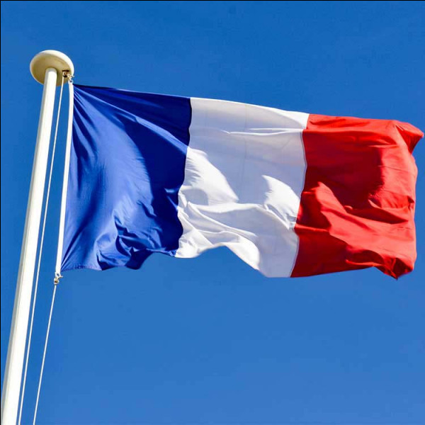 Le drapeau français est :