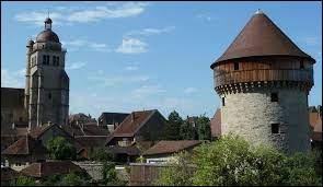 Dans quel département se trouve la commune de Poligny ?