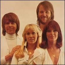 Quels sont les prénoms des quatre membres formant ABBA ?