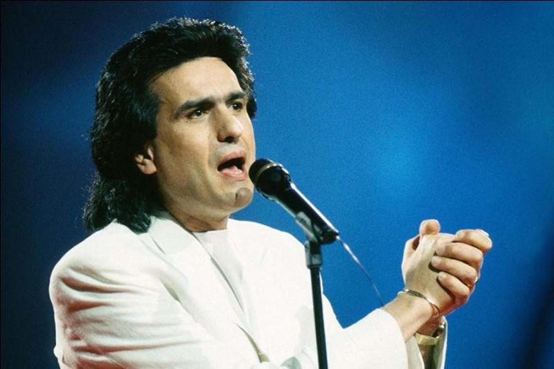 Où se déroule l'Eurovision en 1990 ?