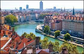 Dans quel département se situe la ville de Lyon ?