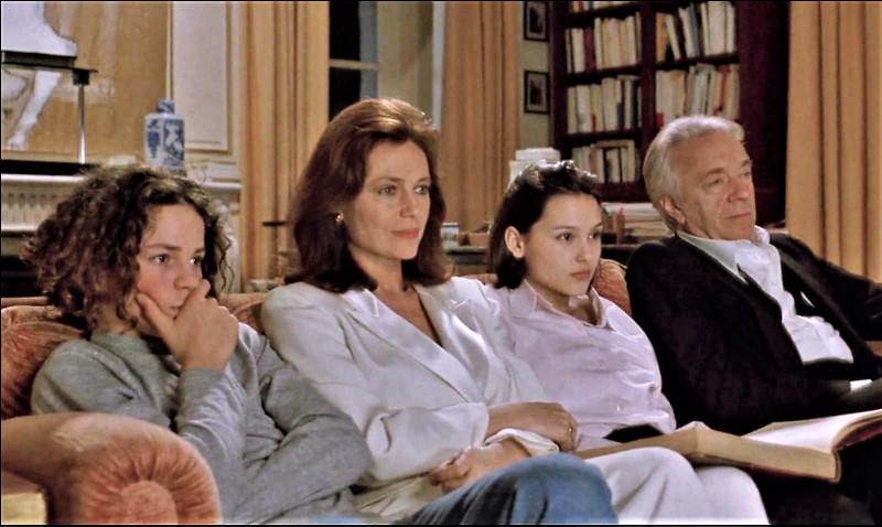 """Quelles actrices peut-on voir dans le film de Claude Chabrol """"La Cérémonie"""" ?"""