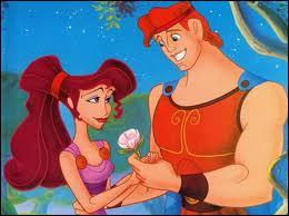 Hercule tombe amoureux de quelle ravissante jeune femme ?