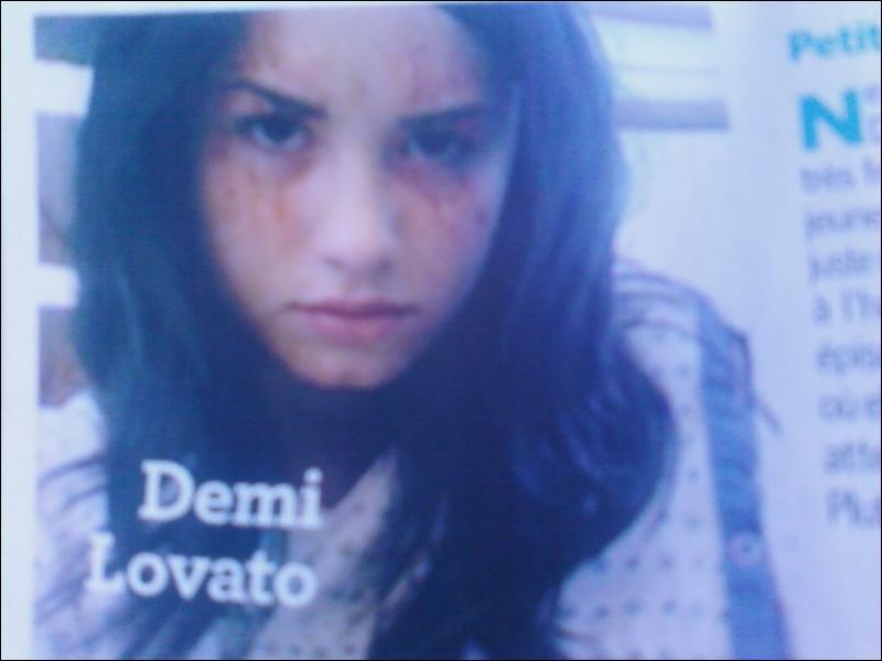 Pour quelle série où Demi est lors d'un épisode, cette photo a-t-elle été prise ?