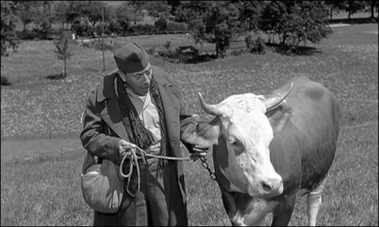 Quel est le nom de la vache dans le film de 1959 ''La Vache et le Prisonnier'' ?