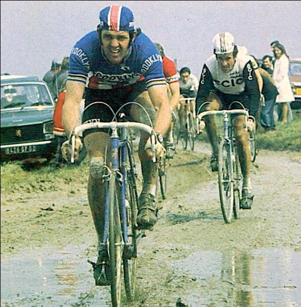 Il a été en 1977, après ses trois victoires en 1972, 1974 et 1975, le premier à remporter quatre fois Paris-Roubaix :