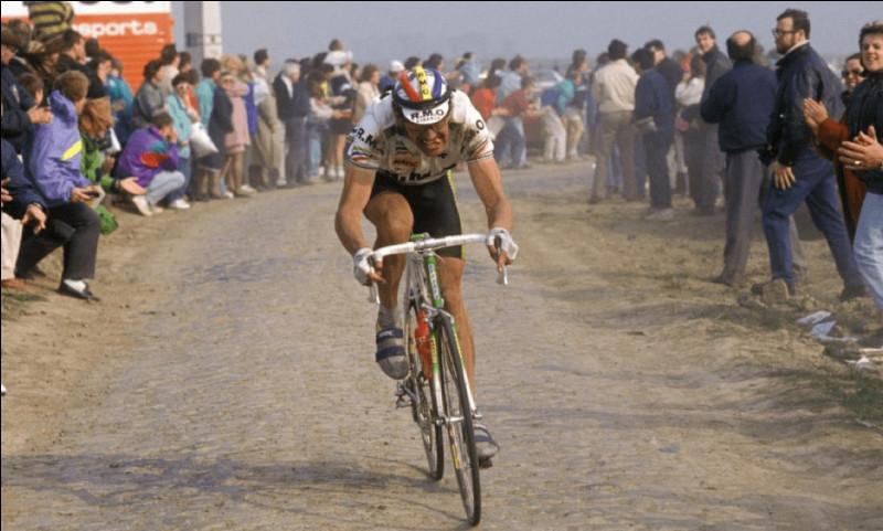 Ce coureur français s'est imposé deux fois en solitaire, en 1985, puis six ans plus tard en 1991 :