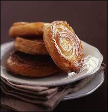 Cuisine : Comment se nomme ce gâteau breton constitué de beurre, de sucre et de pâte à pain ?