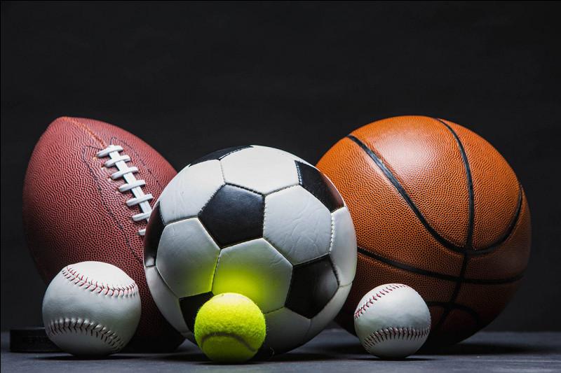 À quel âge commence-t-il la pratique du sport de la première question (pour ne pas donner la réponse) ?