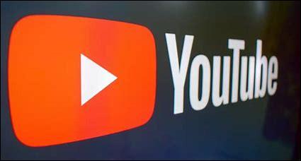 En parallèle de ses études, il crée et commence à publier des vidéos sur la plateforme YouTube sous le pseudonyme Tibo InShape en...
