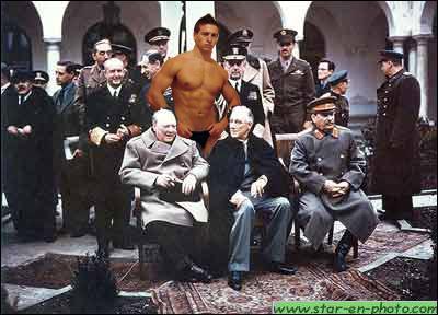 Après la seconde Guerre Mondiale, Mickaël Vendetta organise, en sous main, une conférence des puissants gagnants, à...