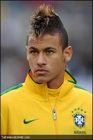 Quel était le club de ce joueur brésilien avant de venir à Barcelone ?