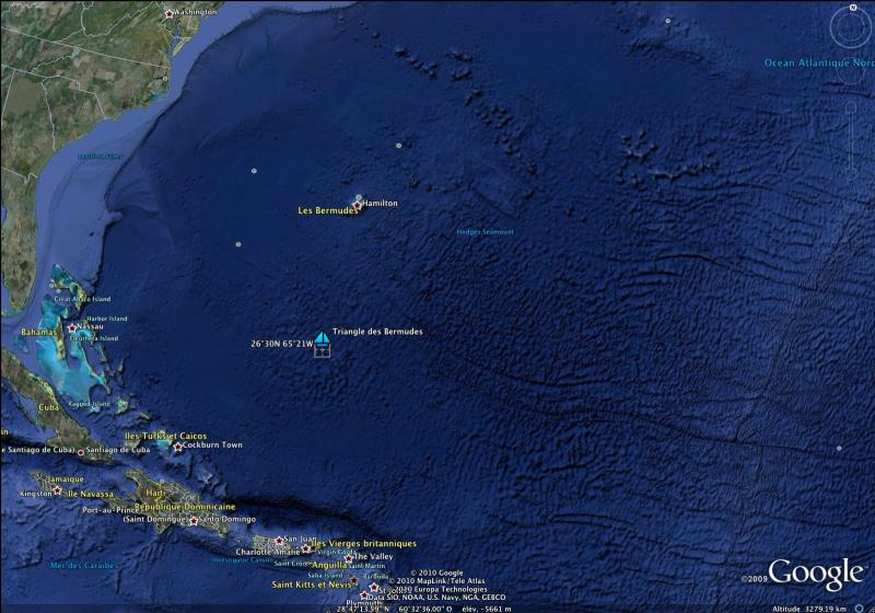 Selon les écrivains spécialistes du Triangle, de quand dateraient les premières disparitions massives inexpliquées constatées dans cette zone ?