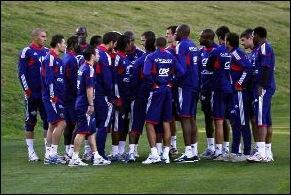 Combien de buts a marqué l'équipe de France, vice-championne du monde 2006, durant la Coupe du monde 2010 (si ça, ce n'est pas comique... ) ?