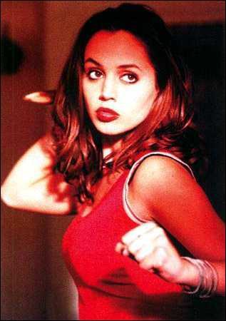 Dans Buffy elle tient le rôle :
