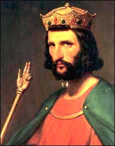 Hugues Capet devient roi en...