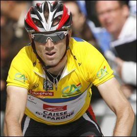 Lequel de ces coureurs ne prendra pas le départ du Tour cette année, car il est suspendu pour dopage ?