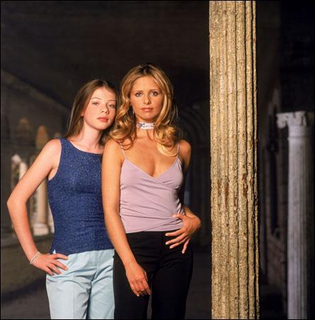 Comment se nomme la petite soeur de Buffy ?