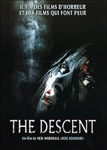 Dans le début du film 'The Descent', combien de jeunes femmes partent en spéléologie ?